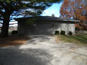 Real Estate Auction Living Estate of Marvin & Irene Douglas featured photo 3