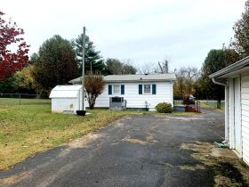 ESTATE AUCTION featuring 5 Room Home on 1+/- Acre in Incredible Location! featured photo 6