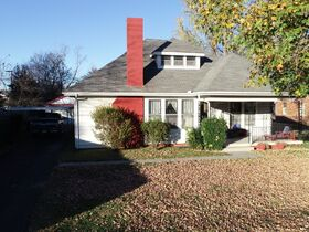 ESTATE AUCTION featuring 6 Room House Zoned RM-16 Multi-Family - First Time Offered in 70+/- Years! featured photo 2