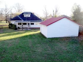 ESTATE AUCTION featuring 6 Room House Zoned RM-16 Multi-Family - First Time Offered in 70+/- Years! featured photo 7