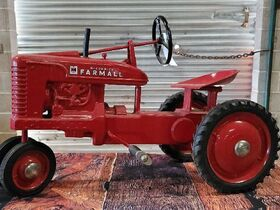 Fisher Pedal Tractor Collection 8 featured photo 12