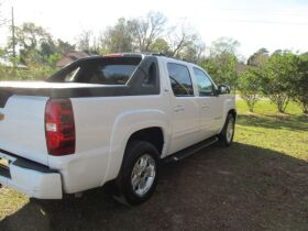 Chevrolet Avalanche with 4WD! featured photo 5