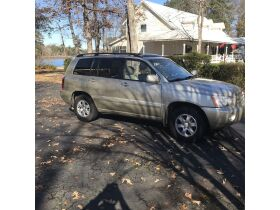 2003 Toyota Highlander Limited featured photo 1