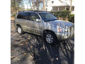 2003 Toyota Highlander Limited featured photo 2