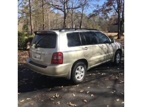 2003 Toyota Highlander Limited featured photo 8