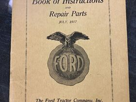 Jim Erdle Early Tractor Literature Auction featured photo 10
