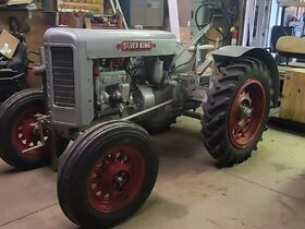 Fisher Antique Tractor, Car & Construction Equipment, Blacksmithing Tools & Car Parts Collection featured photo 4