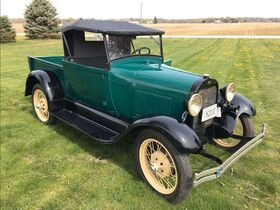 Fisher Antique Tractor, Car & Construction Equipment, Blacksmithing Tools & Car Parts Collection featured photo 1