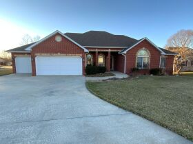 Custom Built Home in Bedford Walk Subdivision, 4205 Cape Cod Ct., Columbia, MO featured photo 4