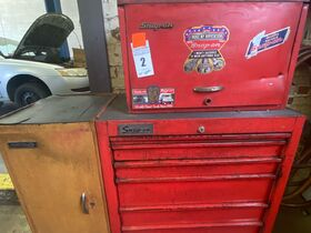 ONLINE AUCTION: Maney Avenue Service Station Liquidation! Classic Cars - Wrecker - Trucks - Tools and More! featured photo 11