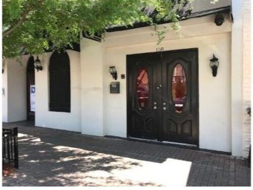UNDER CONTRACT | Downtown Retail Location | Former Restaurant & Bar featured photo