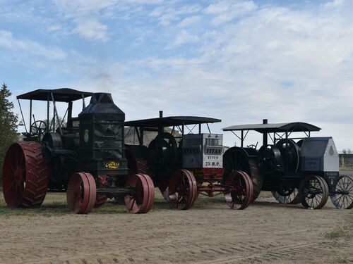 The Mehling Early Tractor Collection featured photo