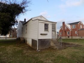 R252   1032 Williams Street, Maysville, KY 41056    (Residential) featured photo 6