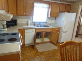 Rita Roth Real Estate and Personal Property Online Auction featured photo 7