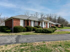 Corydon Brick Ranch Real Estate Online Only Auction featured photo 3