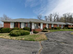 Corydon Brick Ranch Real Estate Online Only Auction featured photo 7