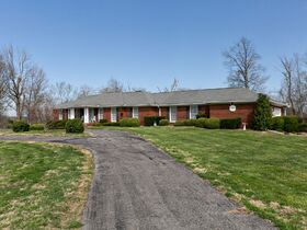 Corydon Brick Ranch Real Estate Online Only Auction featured photo 9