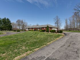 Corydon Brick Ranch Real Estate Online Only Auction featured photo 10