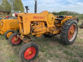 Foeste Antique Tractor Collection featured photo 8