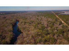 203 ± Acres | Santa Fe River | Outdoor Enthusiast's Dream featured photo 1