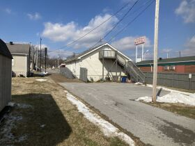 GREAT COMMERCIAL PROPERTY ON US 31W BYPASS featured photo 2