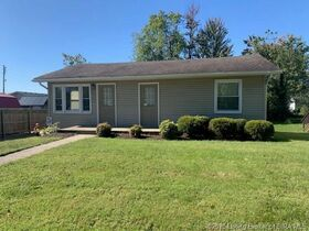 Sellersburg Real Estate Online Only Auction featured photo 1