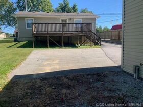Sellersburg Real Estate Online Only Auction featured photo 5