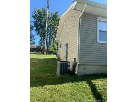 Sellersburg Real Estate Online Only Auction featured photo 9