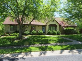 Wonderful Family Home In Green Meadows Area, 2900 Butterfield Ct., Columbia, MO 65203 featured photo 3