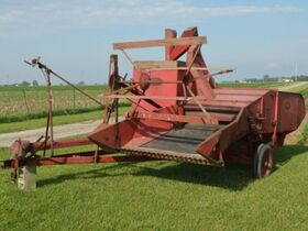 Roger & Chris Clark Ford Implements and Parts featured photo 3