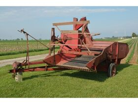 Roger & Chris Clark Ford Implements and Parts featured photo 1
