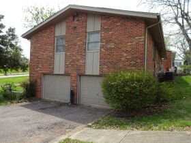 BRICK HOME - 3 BEDROOMS - 3 BATHROOMS - BASEMENT - Online Bidding Only - Ends TUE, MAY 4 @ 4:00 PM EDT featured photo 9