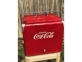 Antiques - Furniture - Coins - Tools  - Large Collection of Coca-Cola items featured photo 4