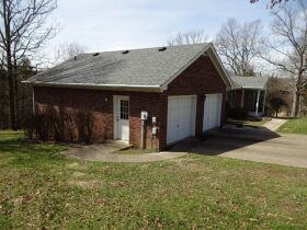 4 BEDROOM HOME - BASEMENT - GARAGE - Online Bidding Only - Ends TUE, MAY 18 @ 4:00 PM EDT featured photo 2