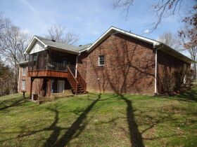 4 BEDROOM HOME - BASEMENT - GARAGE - Online Bidding Only - Ends TUE, MAY 18 @ 4:00 PM EDT featured photo 3