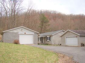 Three Bedroom Home with Big Shop Near Stonewall Jackson Lake featured photo 1