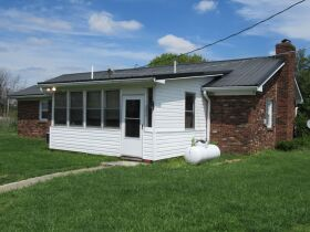 House & 2.5 Acres m/l ~ 2 Acres by boundary & Personal Property - Absolute Online Only Auction featured photo 6