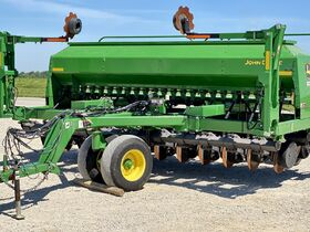 Parks Estate Quality Late Model Farm Equipment Online Only Auction (1/2) featured photo 11