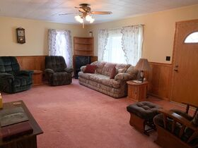 Country Living 3Bedroom Home featured photo 12
