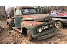 Estate Auction:  Tractors, Vintage Vehicles, Trailers, Tools & More featured photo 4