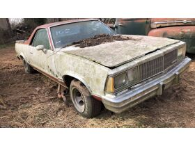 Estate Auction:  Tractors, Vintage Vehicles, Trailers, Tools & More featured photo 5