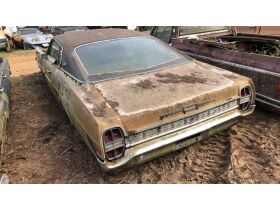 Estate Auction:  Tractors, Vintage Vehicles, Trailers, Tools & More featured photo 7