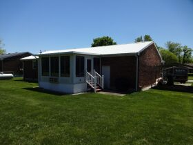 BRICK HOME with 3 BEDROOMS / 2 BATHS - Online Bidding Only Ends TUE, JUNE 15 @ 4:00 PM EDT featured photo 4