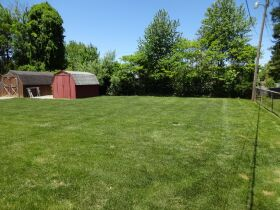 BRICK HOME with 3 BEDROOMS / 2 BATHS - Online Bidding Only Ends TUE, JUNE 15 @ 4:00 PM EDT featured photo 10