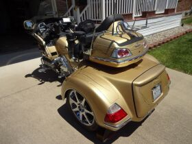 CUSTOM 2006 HONDA GOLDWING TRIKE - APPLIANCES - FURNITURE - HOME GOODS - Online Bidding Only Ends TUE, JUNE 15 @ 5:00 PM EDT featured photo 5