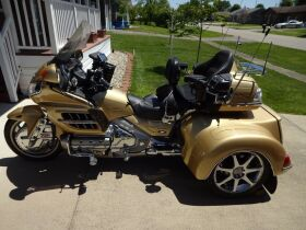 CUSTOM 2006 HONDA GOLDWING TRIKE - APPLIANCES - FURNITURE - HOME GOODS - Online Bidding Only Ends TUE, JUNE 15 @ 5:00 PM EDT featured photo 6