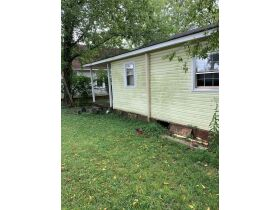 "AUCTION CANCELED - ONLINE AUCTION featuring ""Handyman Special"" 4 Room Home featured photo 5"