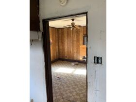 "AUCTION CANCELED - ONLINE AUCTION featuring ""Handyman Special"" 4 Room Home featured photo 9"