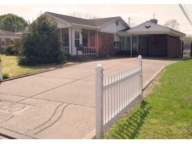 2 Bed, 2 Bath Home w/Pool Online Auction - Westside Evansville, IN featured photo 3