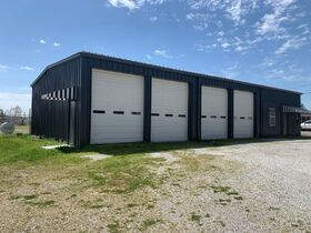 ONLINE AUCTION featuring 2880+/- Sq. Ft. Commercial Building with Large Shop Area - Multiple Possibilities featured photo 7